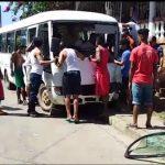 Mujer distraída con su celular provoca accidente en Bluefields