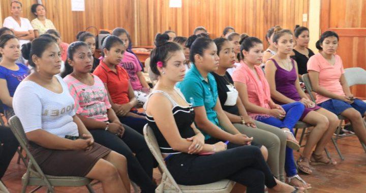 Realizan acciones para la salud de la mujer en URACCAN Las Minas