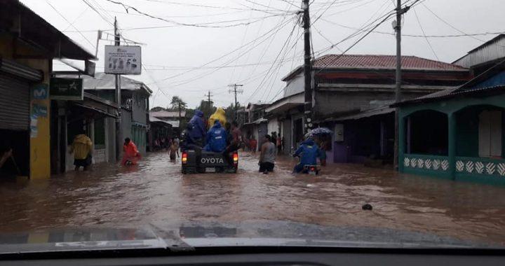 Tres familias evacuadas en Bluefields