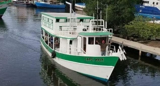 Barco salió con 56 tripulantes, pero subió 32 más en alta mar