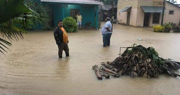Lluvias dejan inundaciones y deslaves en el Rama
