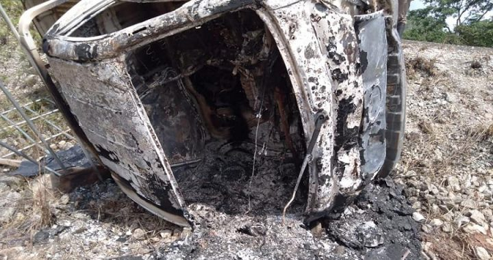 Queman vehículo que atropelló a adolescente en Bluefields tras su muerte