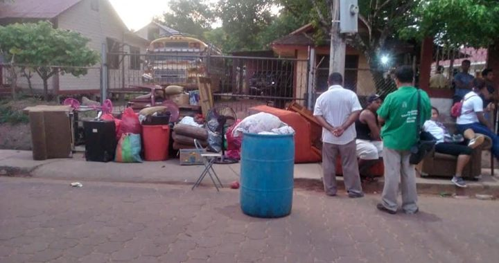 Jóvenes se toman casa protocolo  de la junta provincial de la  Iglesia Morava en Bilwi