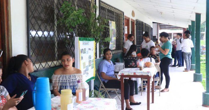 Promueven medicina ancestral en feria de salud intercultural