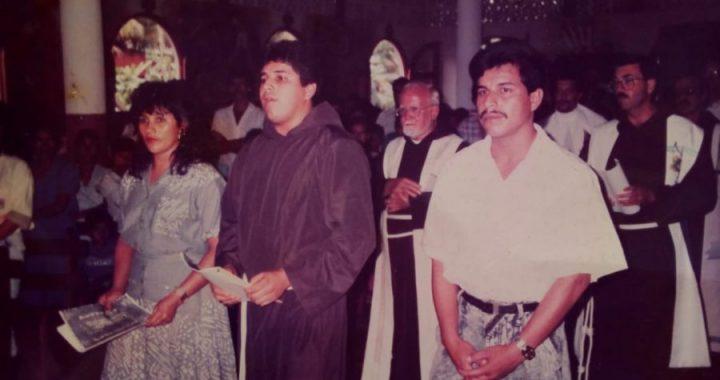 Sacerdote de Rosita celebra 25 años de vida sacerdotal