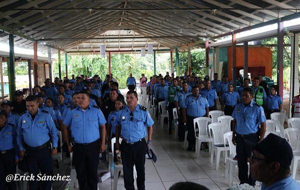 Policía Nacional realiza asamblea para fortalecer seguridad ciudadana