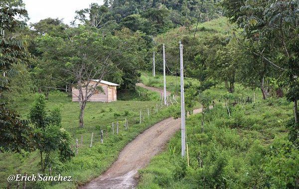 El Dorado, otra comunidad de Siuna que tiene energía eléctrica
