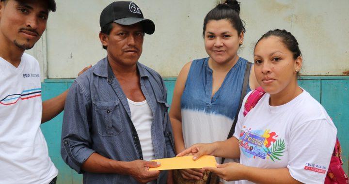 UNEN Bonanza entrega apoyo a familiares de Yubelkis Hernandez