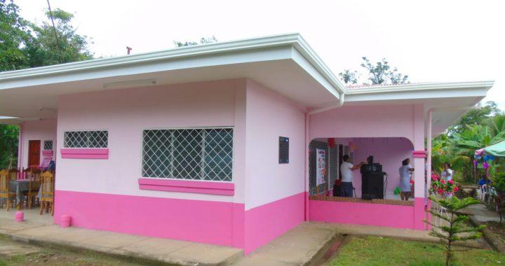 Rehabilitan casa materna y entregan moderno equipo en hospital de Mulukuku