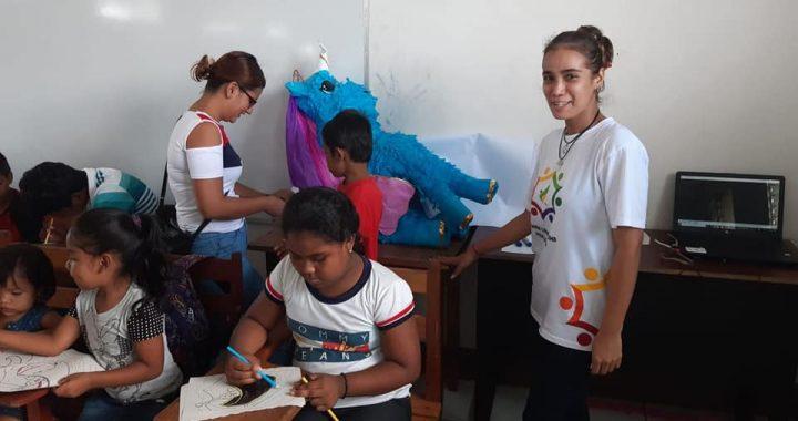 Juegos y recreación para niños y niñas en la comunidad de Kamla