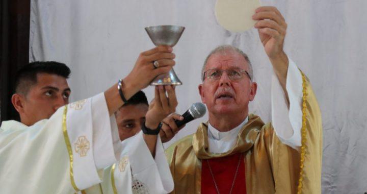 Homenaje a Monseñor David Zywiec en Sistema de Noticias del Caribe