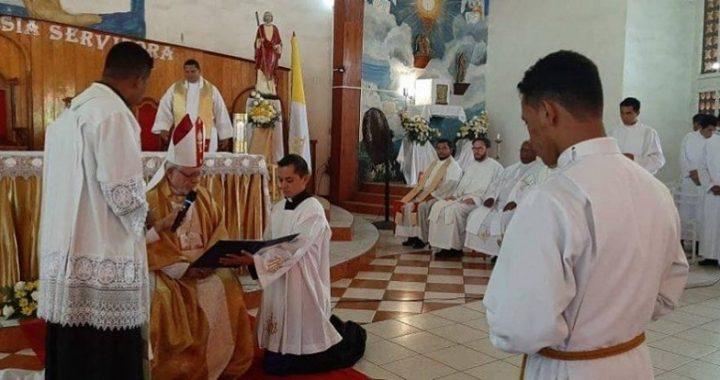 Iglesia Católica tiene nuevo diacono miskito